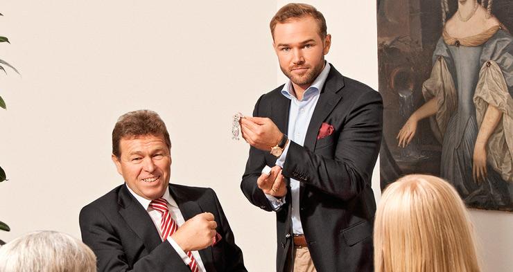 Franz und Ferdinand Eppli beraten Kunden.