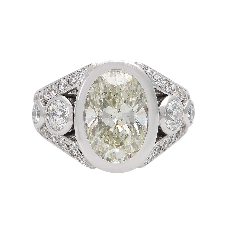 Ring mit einem außergewöhnlichem Diamanten